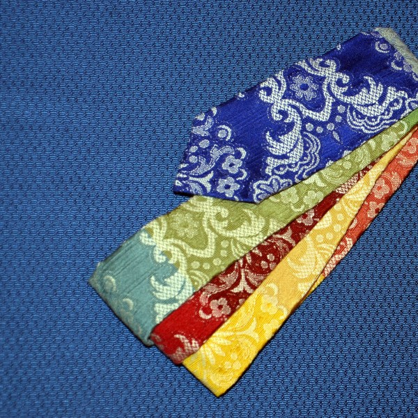 Vielfarbige Krawatte